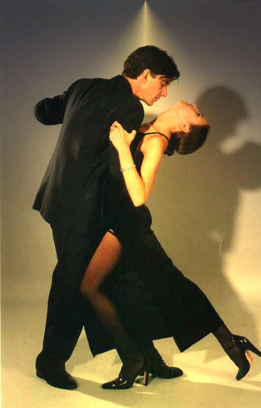 20071123121423-tango.jpg