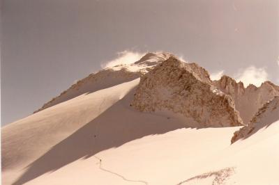 20081020233716-glaciar-del-aneto-desde-el-portillon-superior.-ascension-invernal.jpg