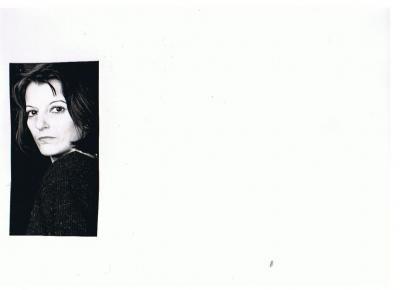 20090710121151-consuelo-joven-blanco-y-negro.jpg
